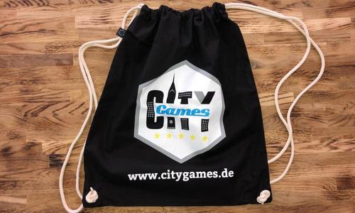 CityGames Mainz Schüler Tour Sportbeutel schwarz auf Holz