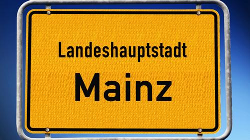 Schild Landeshauptstadt Mainz