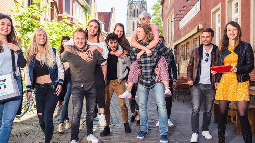 CityGames Mainz Student Tour: Gruppe Studenten - beschwingt und glücklich